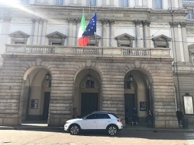01.04.2018, Mailand, sehr Sonnig, 19°C